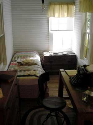 robertehowardroom804jt